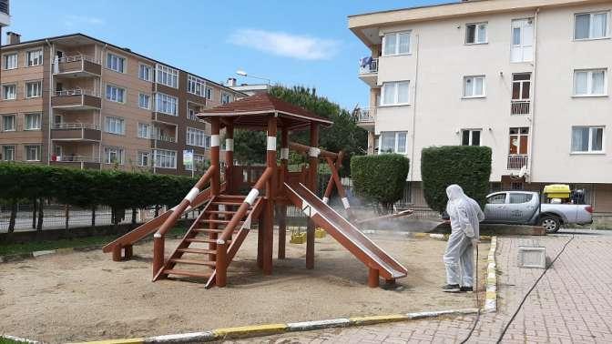 Parklar çocuklar için hazırlanıyor